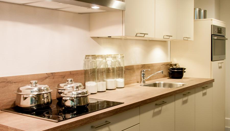Rotpunkt zerox xm magnolia rob schippers keukens for Rob schippers keukens geleen